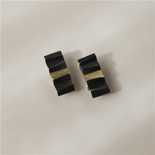 SILVER & GOLD EARRINGS .  E1755