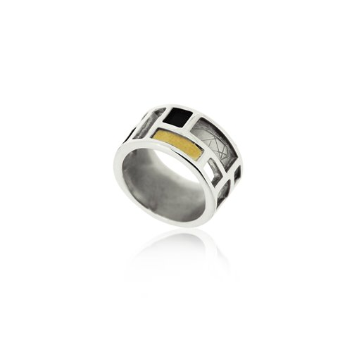 SILVER & GOLD RING.  R1479