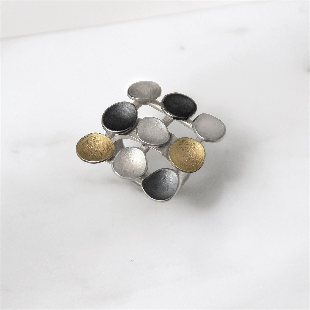 SILVER & GOLD RING. R1516