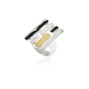 SILVER & GOLD RING. R1667
